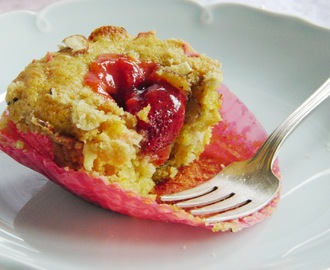 Rhubarb Almond Streusel Muffins, and the little pie that couldn't...