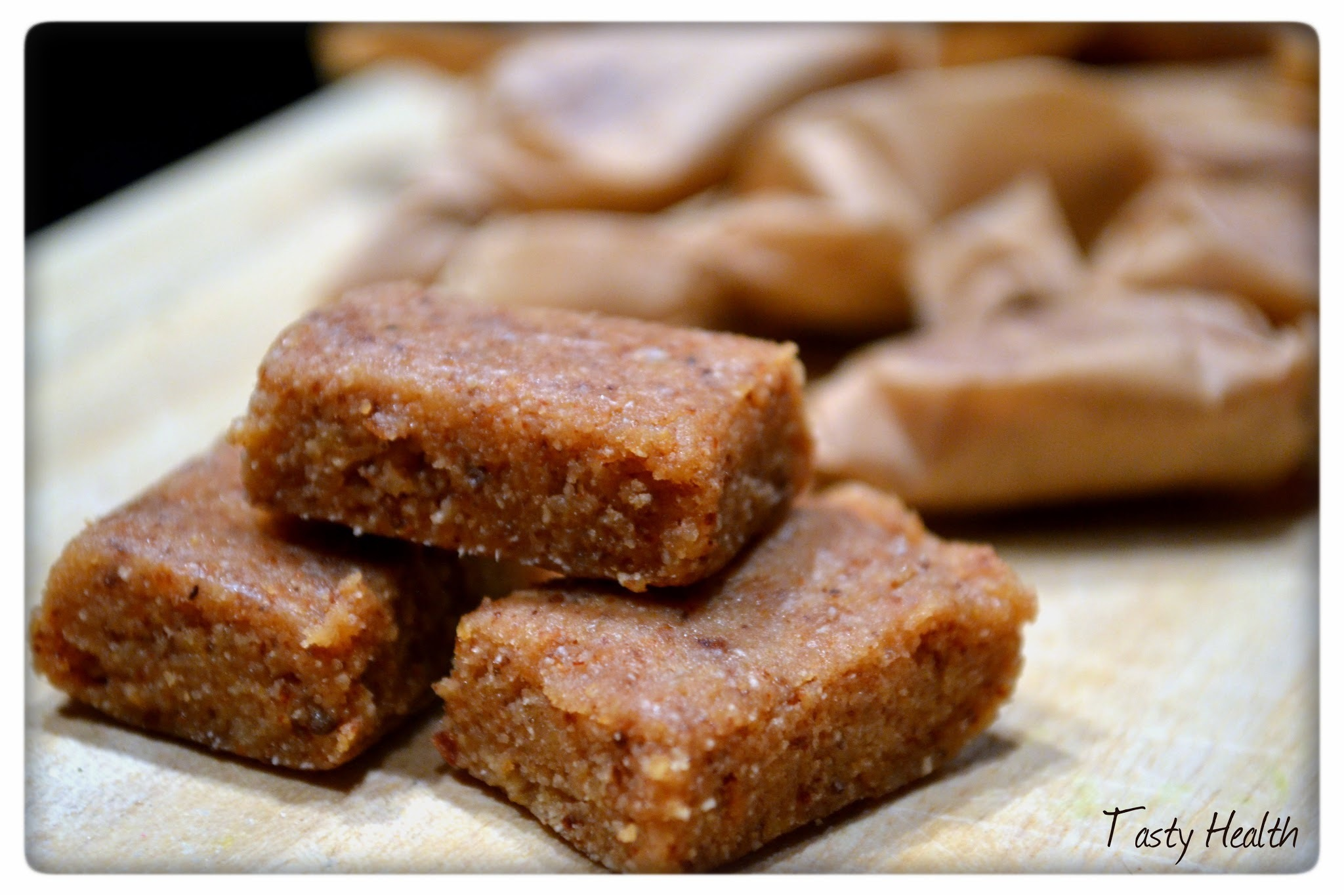 Low carb pepparkaksprotein fudge
