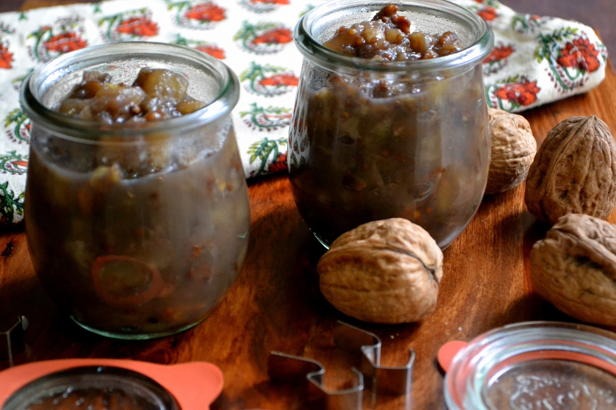 Spiced Pear and Walnut Chutney