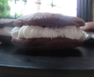 Whoopie! It's Chocolate Whoopie Pies Time!!