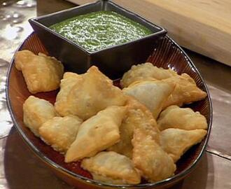 Indian Lamb Samosas with Fresh Mint Dipping Sauce