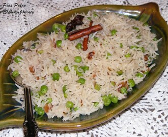 Peas Pulao (Aromatic Peas rice with warm spices)
