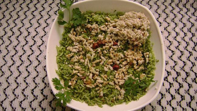 Kothambari soppu Chitranna/Coriander Leaves Rice  - myindiarecipes.com