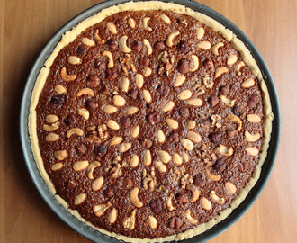 Thanksgiving day - Pecan Pie e...