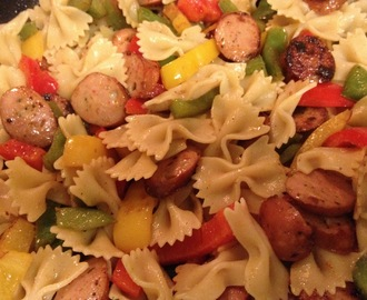 Easy Dinner ~ Sausage Pepper Pasta