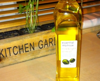 DIY Garlic and Chilli Oil