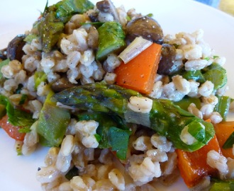 Warm Vegan Farro Salad With Roasted Crimini Mushrooms, Asparagus, Red Bell Peppers And Leeks