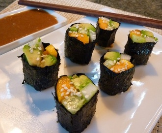 ONE WEEK RAW AND GLUTEN FREE - Day 6, Veggie Sushi With Ginger Tahini Dipping Sauce!