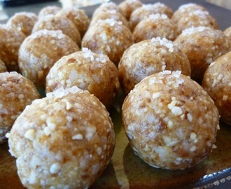 Rachel's Powerballs - A Healthful Raw Food Vegan Dessert Or Lunchbox Snack