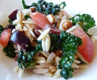 Orzo Salad With Raw Kale, Kalamata Olives, Heirloom Tomatoes And Hazelnuts In A Lemon Dill Dressing - Vegan And Vegetarian Recipe Options