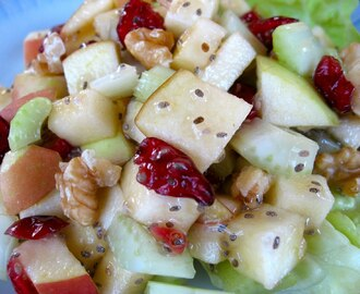 Raw Vegan Waldorf Salad with Apple Chia Dressing