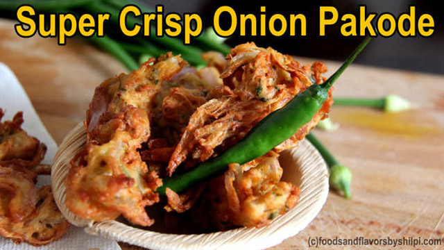 Onion Pakora / Pakoda Recipe – How to Make Street Style crispy Onion Pakora