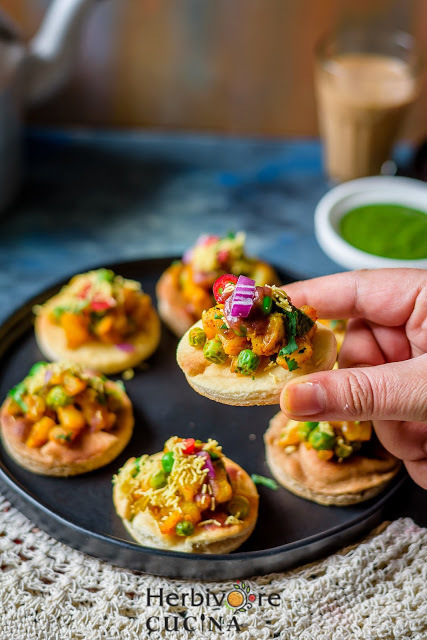 Deconstructed Potato Peas Samosa Bites
