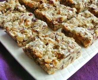 Date Cranberry Breakfast Bars