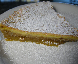 Rosie Makes Momofuku's Crack Pie.