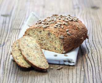 Low-Carb Bread with Sukrin Bread mix