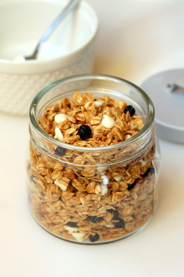 Lemon, Blueberry, and White Chocolate Granola
