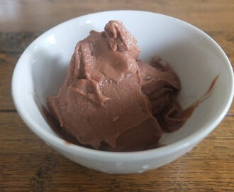 Food: diet, but oh so fabulous, chocolate ice cream