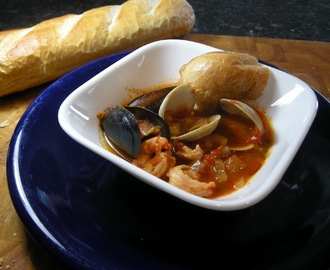 Rosie Makes A Fine Kettle O' Fish - Cioppino.