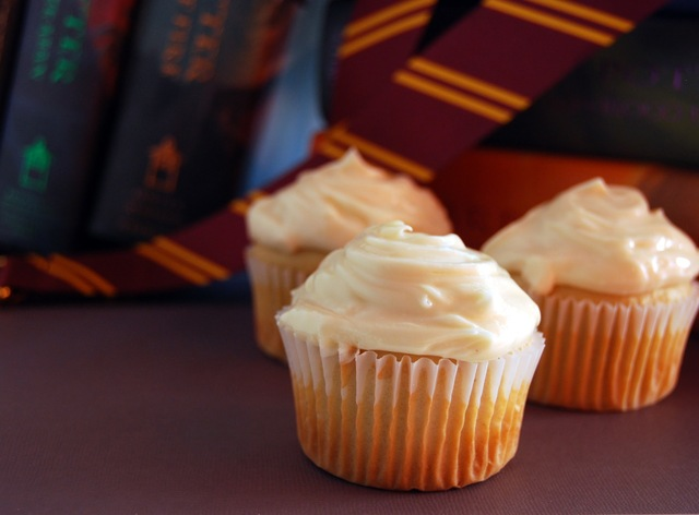 July's Cupcake Of The Month: Butterbeer