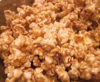 Quick & Easy Caramel Corn
