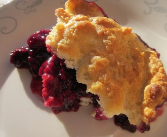 Blackberry Raspberry Cobbler