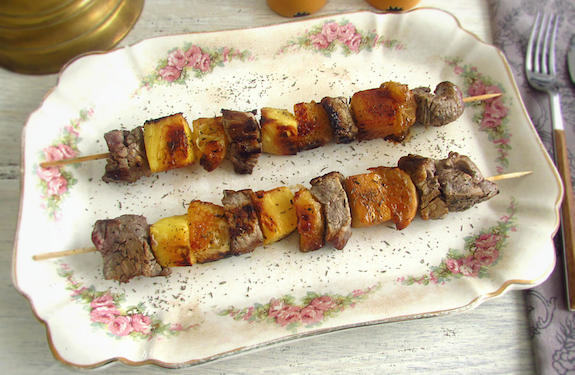 Veal kebabs with pineapple and orange | Food From Portugal