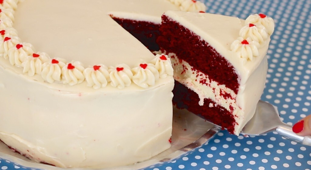 Red Velvet Cake Cheesecake