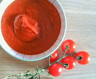 Roasted Tomato and Pepper sauce for 'Pasta Please!'