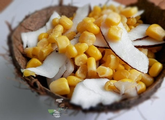 Nigerian Street Snack : Boiled Corn and shaved Coconut