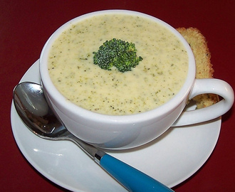 St. Louis-Style Cream of Broccoli Soup