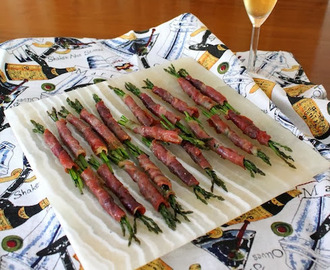 Baby Asparagus Wrapped in Prosciutto #AppetizerWeek #SAVORx #Giveaway