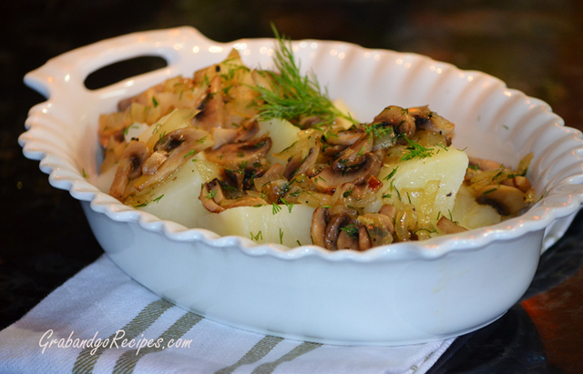 Potatoes with Sautéed Mushrooms and Onions
