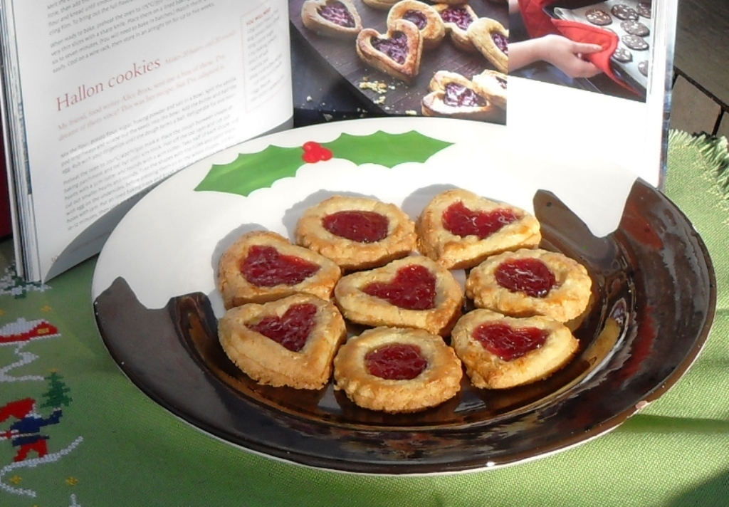 Hallon Cookies from Scandinavian Christmas by Trine Hahnemann