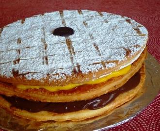Torta millefoglie ricetta da mytaste for Decorazione torte millefoglie