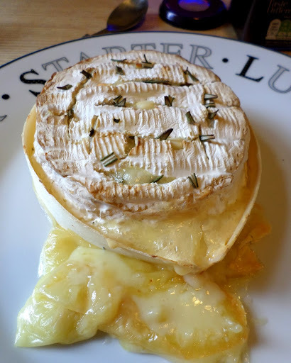 Baked Camembert with Garlic and Rosemary