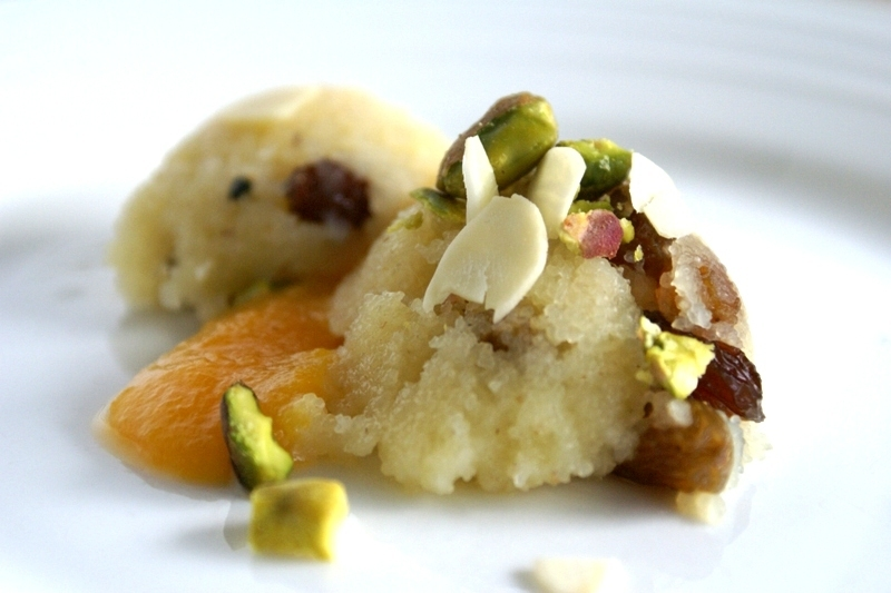 semolina halwa with peach puree = easy indian dessert