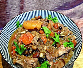 Rabbit stew with chocolate