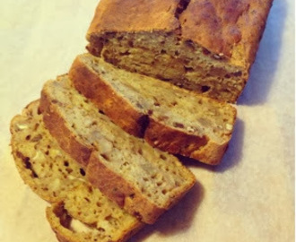 Banana, Date and Walnut Loaf Cake