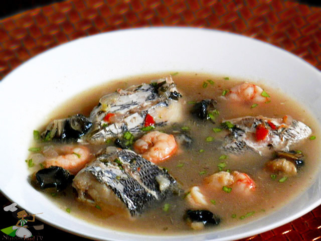 Nigerian Seafood Pepper Soup (light and healthy)