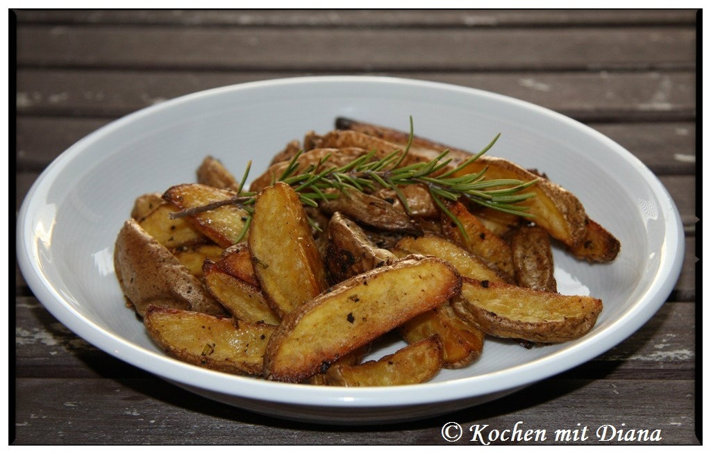 Kartoffel Wedges/ Potato wedges