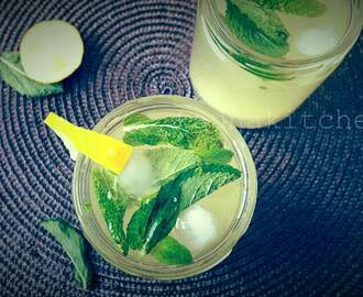 Honey Mint Lemonade Drink