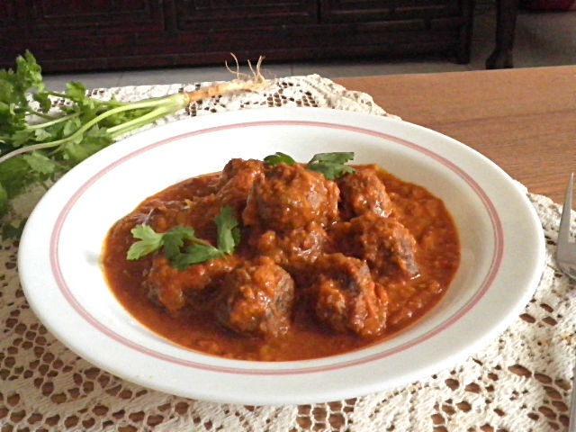KOFTA (MEATBALL) CURRY