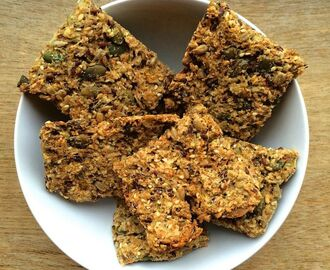 Vegan crackers a la mama
