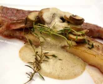 蘑菇醬汁伴牛扒 Seared Beef Steak with Mushroom Cream Sauce