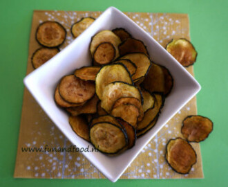 Courgette chips snacks