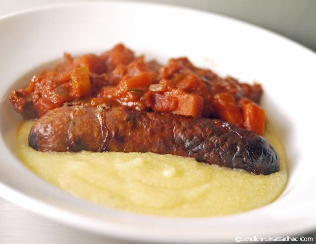 Simple 5:2 Diet Tomato Sauce -with Non-Diet Sausages;)