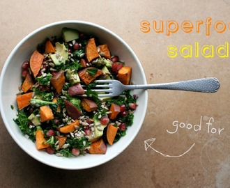 Superfood salade (met 6 goedkope superfoods!)