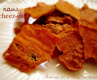 Raw Food Recipe: Raw Cheez-Its