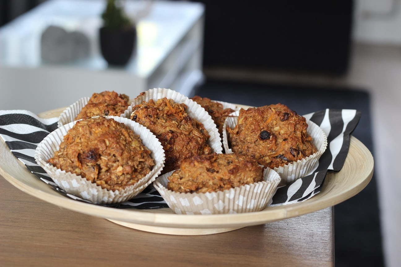 FOOD FRIDAY: GEZONDE HAVERMOUT/WORTEL MUFFINS